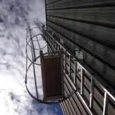 """Escalera vertical aluminio"""